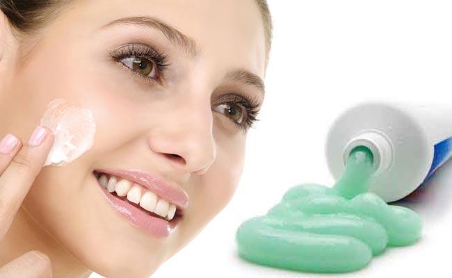 Kem đanh răng giúp trả lại cho bạn một làn da sạch mụn.