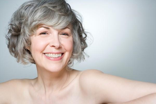 Cách chăm sóc da ở tuổi 50