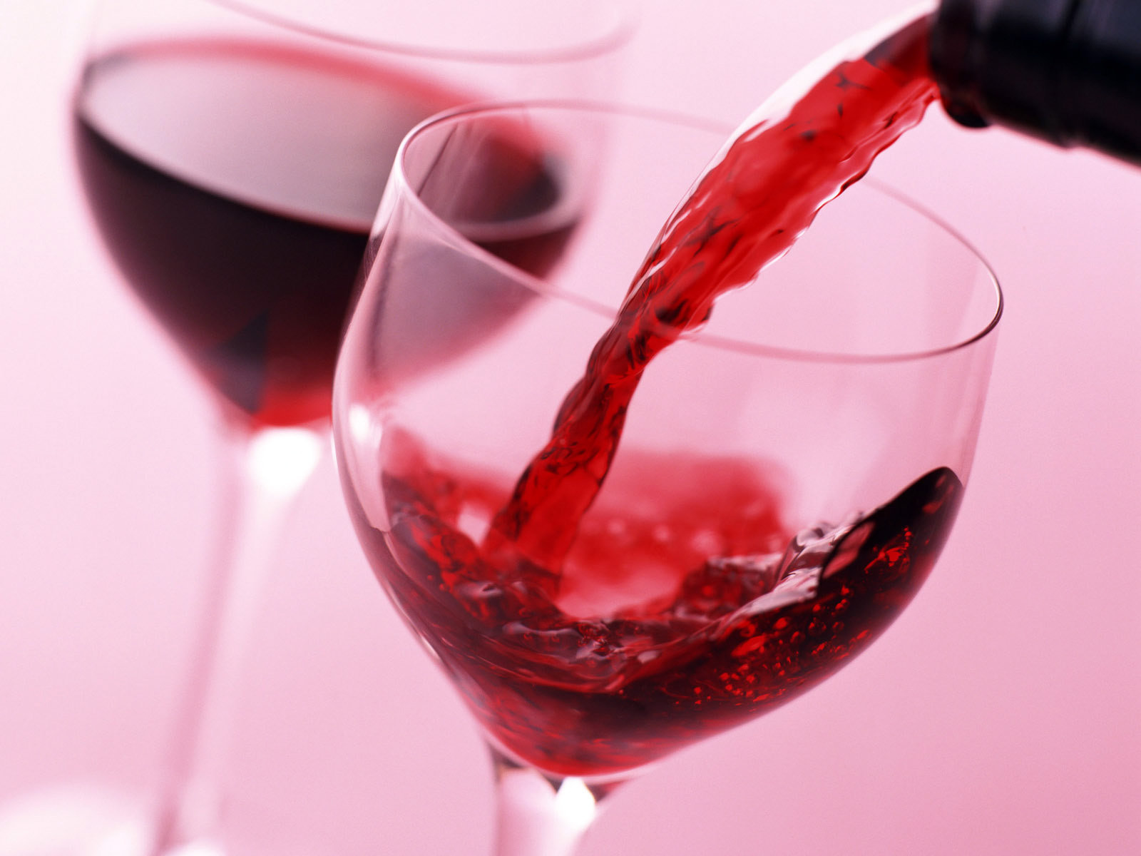 Chăm sóc da bằng rượu vang