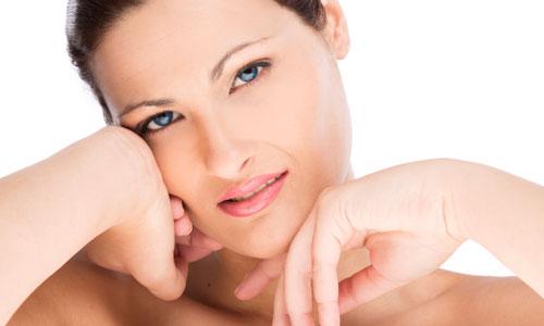 Không còn lo lắng về mùi hôi vùng nách sau tiêm botox tại Bệnh viện Thu Cúc