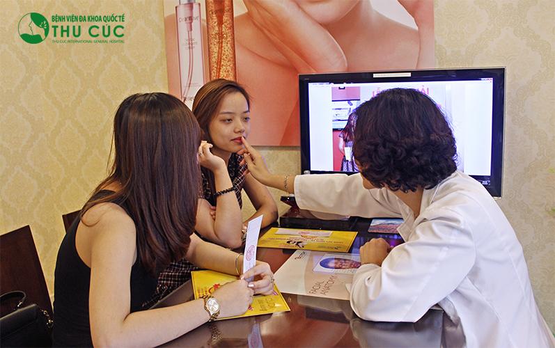 Chi phí thực hiện tạo cằm chẻ tại Thu Cúc Sài Gòn là 10 – 12 triệu đồng