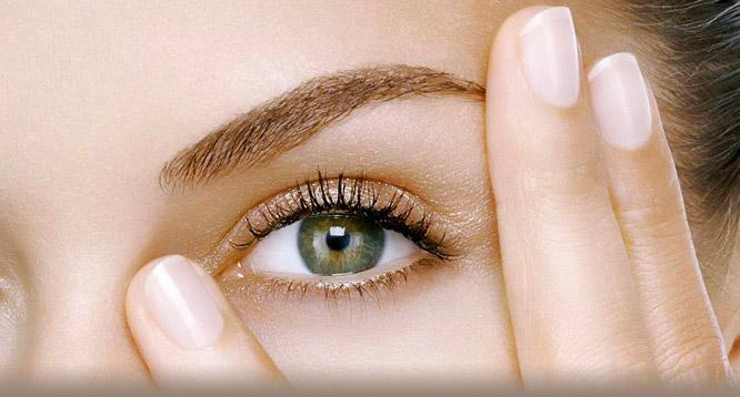 Đôi mắt là cửa sổ của tâm hồn, là điểm thu hút, quyến rũ nhất trên khuôn mặt