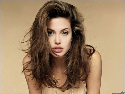 Đối với tổng thể khuôn mặt, đôi môi là một điểm nhấn vô cùng quan trọng tạo nên thần sắc và vẻ đẹp khuôn mặt