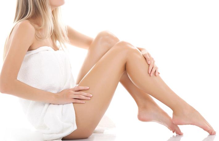 Công nghệ triệt lông cũ có thể gây ra một số tác dụng phụ không mong muốn như bỏng da, đỏ da, rất đau khi thực hiện