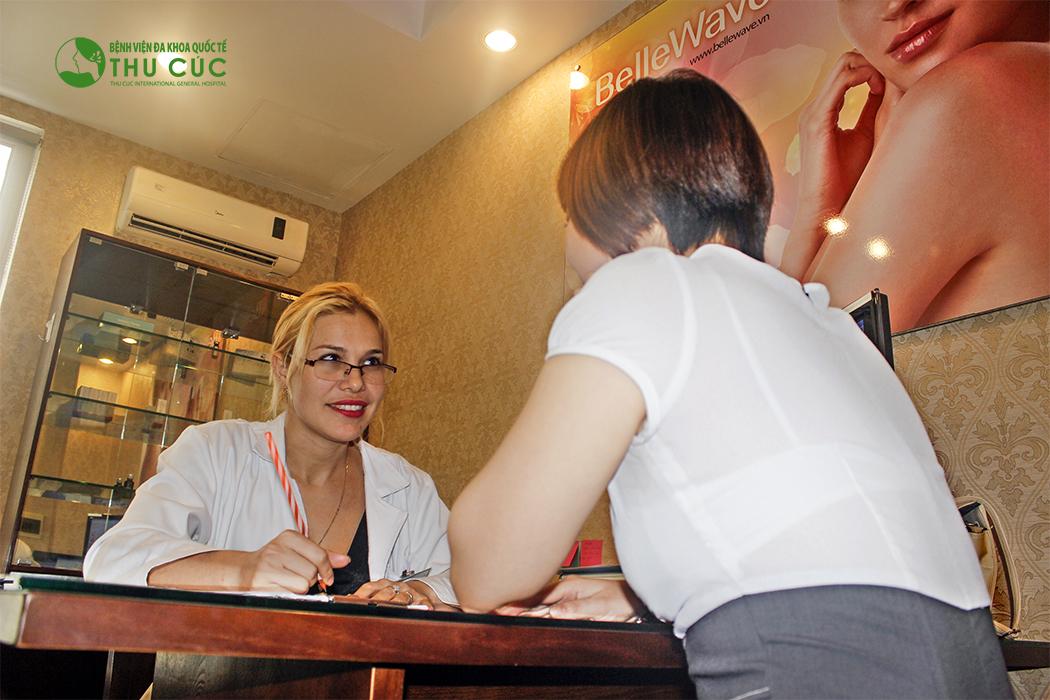 Sau khi thăm khám và xác định tình trạng lông (màu sắc, độ rậm, độ cứng,…) bác sĩ Thu Cúc sẽ tư vấn liệu trình điều trị phù hợp cho bạn