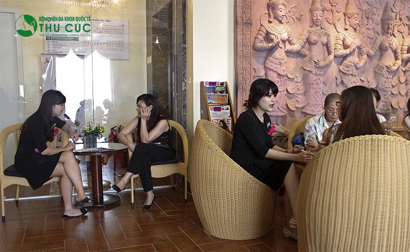 Với trên 18 năm kinh nghiệm hoạt động, Thu Cúc Sài Gòn tự hào là một trong những địa chỉ thẩm mỹ an toàn được nhiều chị em ưu ái