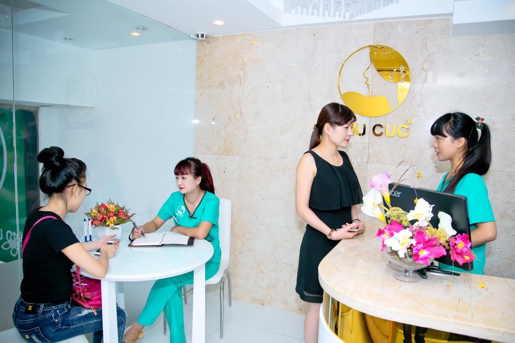 Thủ tục thăm khám tại Thu Cúc diễn ra hết sức nhanh chóng, tiết kiệm thời gian cho khách hàng