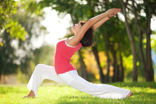 Để giảm cân, bạn cần lựa chọn một vài loại hình thể dục phù hợp với bản thân như đi bộ, chạy, đạp xe, bơi lội