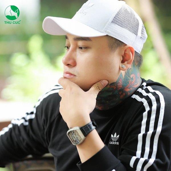 Nam ca sĩ Duy Khánh với dáng mũi đẹp hoàn hảo sau khi nâng mũi tại Thu Cúc
