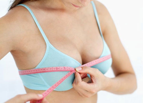 Kích thước vòng một phụ thuộc vào nhiều yếu tố như gen di truyền, cơ địa, chế độ ăn uống, thói quen sinh hoạt
