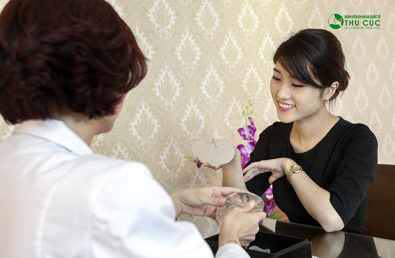Nâng ngực nội soi tại tp HCM giá bao nhiêu?