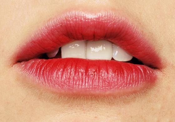 Phun xăm môi giữ được bao lâu?