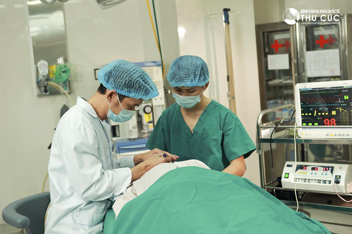 Thu Cúc Sài Gòn giải đáp thắc mắc dịch vụ tạo môi trái tim