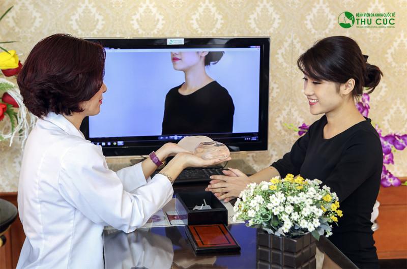 Hotgirl Thanh Hương chia sẻ chiêu xử lý ngực lép