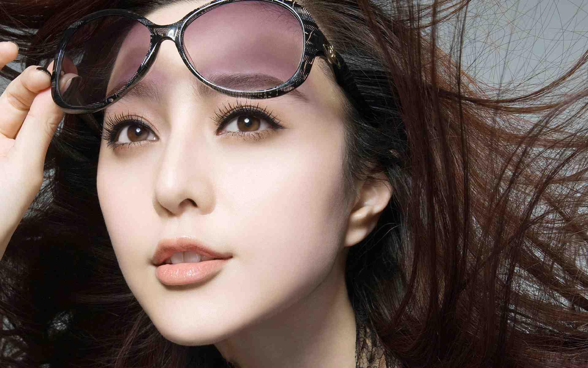 Đôi môi trái tim quyến rũ của cô là niềm ao ước của nhiều người