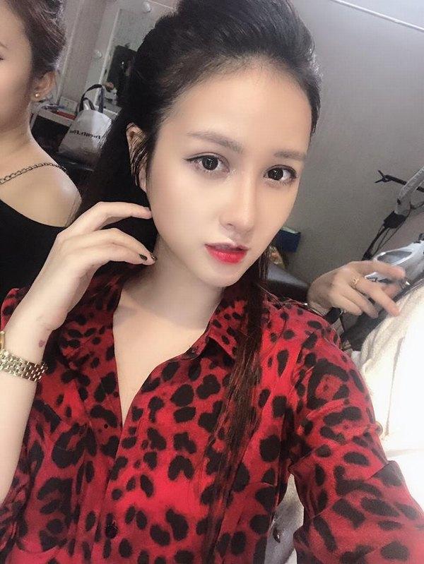 Hotgirl Hương Giang sở hữu dáng mũi đẹp hoàn hảo sau khi nâng mũi tại Thu Cúc