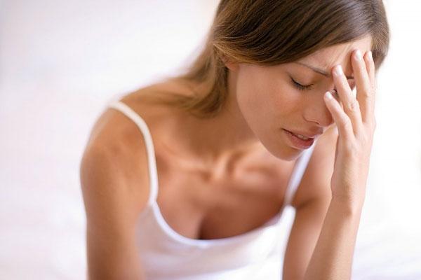 Vòng một lỏng lẻo, chảy xệ là tình trạng mà nhiều chị em gặp phải sau sinh con.