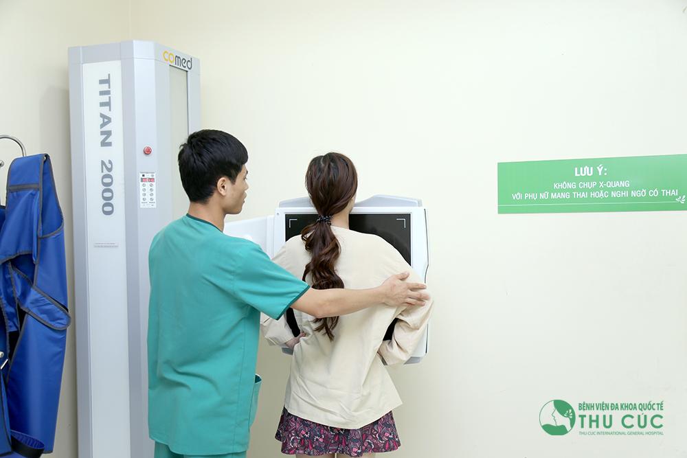 Chỉ khi có đủ điều kiện về sức khỏe, khách hàng mới có thể tiến hành phẫu thuật nâng ngực.