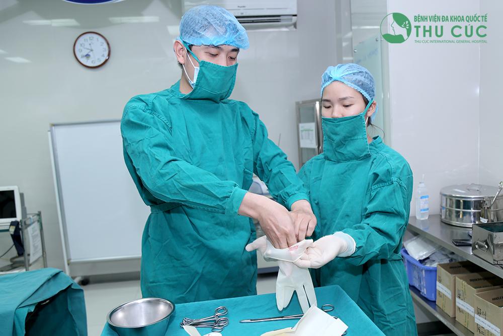 Các công tác khử trùng đều được thực hiện nghiêm ngặt theo đúng quy định trước khi tiến hành phẫu thuật
