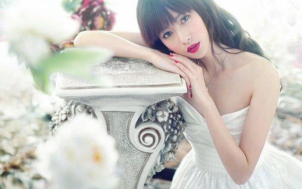 Phụ nữ thường gây ấn tượng với đôi môi trái tim ngọt ngào