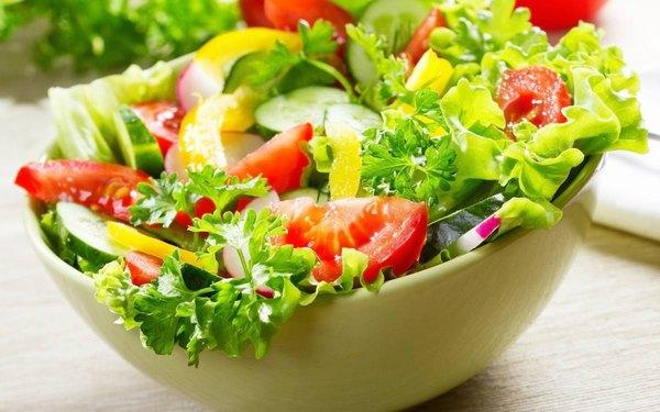 Chế độ ăn uống quyết định rất lớn đến kết quả tạo hình môi trái tim