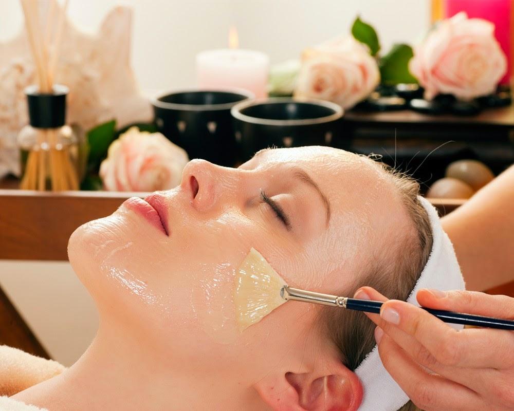 Thường xuyên đắp mặt nạ dầu oliu giúp da trẻ hóa