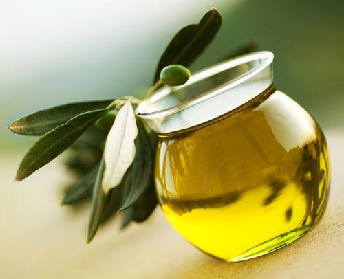 Dầu oliu có rất nhiều tác dụng làm đẹp cho da