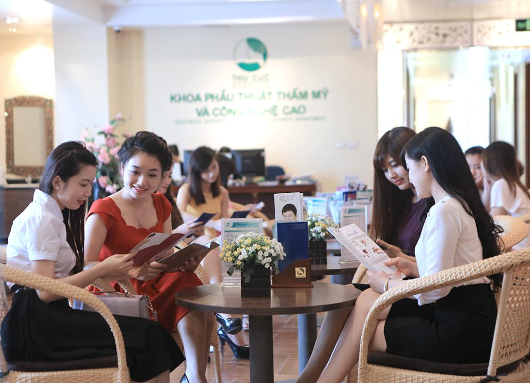 Có nên nâng ngực tại Thu Cúc Sài Gòn không?