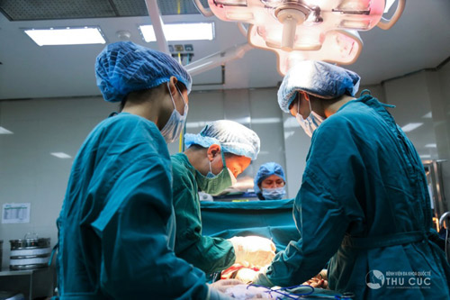 Nâng ngực nội soi ở Thu Cúc Sài Gòn có để lại sẹo không