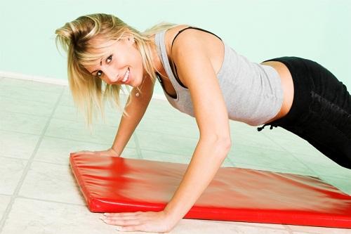 Có rất nhiều bài tập thể dục từ đơn giản đến phức tạp được thiết kế dành riêng cho việc làm tăng kích thước vòng một