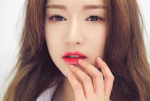 bam-mi-han-quoc-dove-eyes