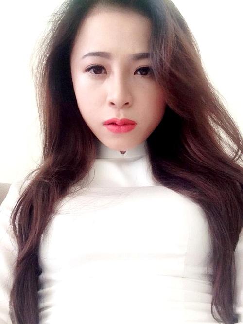 guong-mat-tuyet-tram-them-thanh-tu-nho-chiec-mui-nho-xinh3