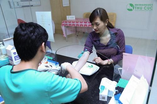 Khách hàng thực hiện cắt mí cần đảm bảo mọi yêu cầu về sức khỏe