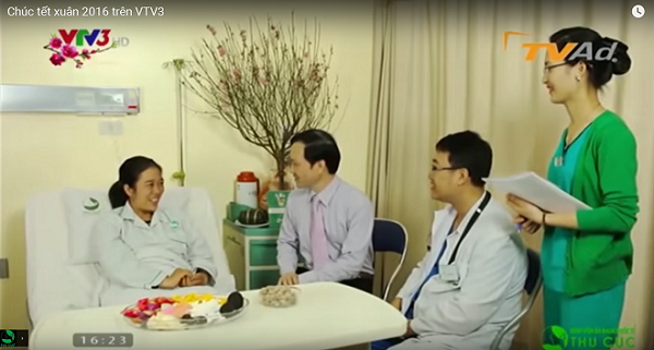 Ban lãnh đạo Bệnh viện thu Cúc gửi lời chúc năm mới tới bệnh nhân điều trị