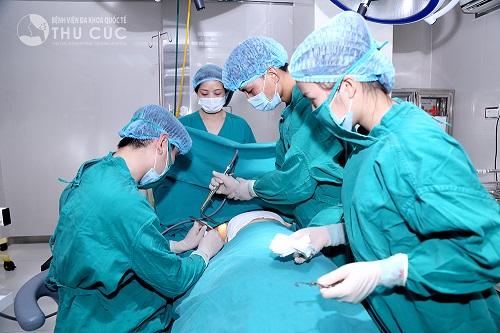 Quy trình phẫu thuật an toàn được thực hiện bởi các bác sĩ giỏi chuyên môn
