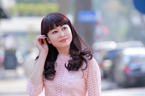 Mặc dù đã ở tuổi 41 nhưng nữ doanh nhân Thanh Hà được khen trẻ trung hơn tuổi với làn da đẹp, đôi mắt to tròn.