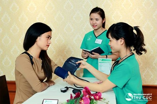 Cũng như Ngọc Anh và Phan Khanh, rất nhiều cô gái đã loại bỏ được mùi cơ thể tại Thu Cúc với phương pháp cắt tuyến mồ hôi.