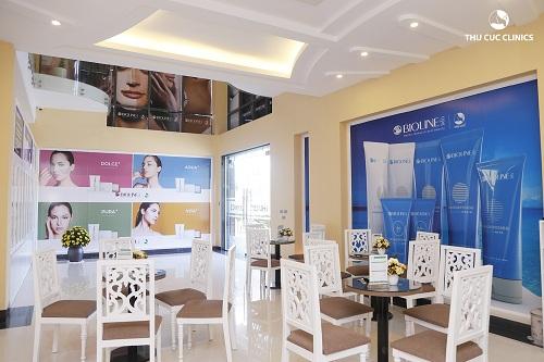 co-so-vat-chat-tien-tien-bac-nhat-chi-co-tai-thu-cuc-clinics2