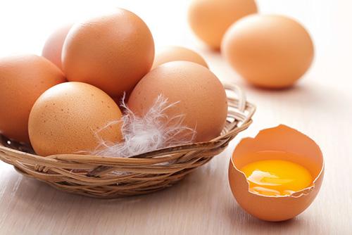 Trứng gà có tác dụng trị nám hiệu quả