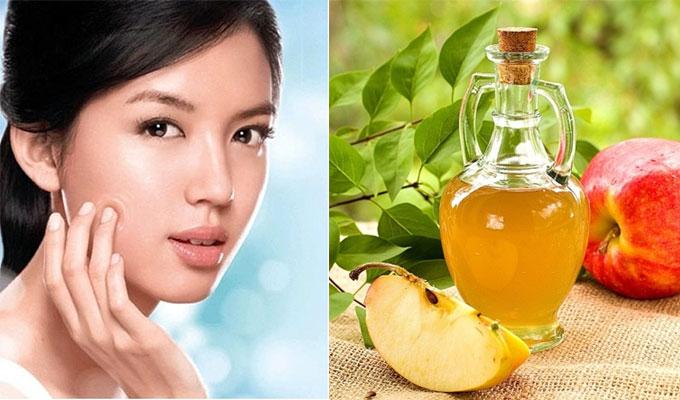 Giấm táo được coi là thần dược trị nám giúp là sáng mịn và tự nhiên hơn