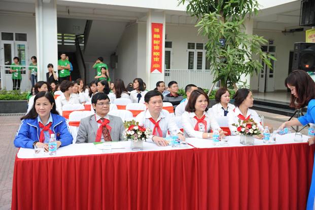 """Các đại biểu có mặt trong lễ phát động chương trình""""An toàn cho con – Hạnh phúc cho cả gia đình""""."""