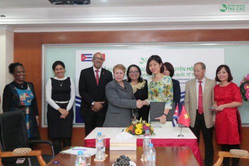 Bệnh viện Đa khoa Quốc tế Thu Cúc ký kết hợp tác với Cuba
