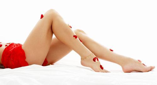 bí quyết tẩy lông chân