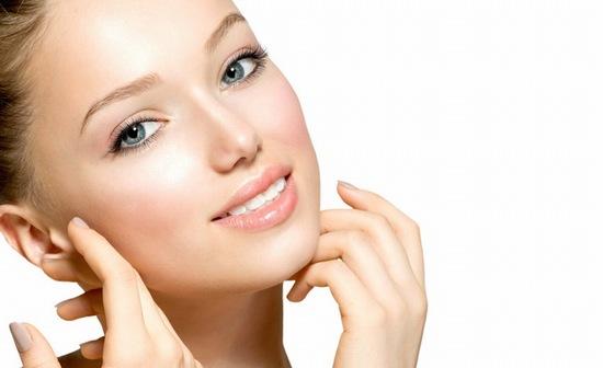 Bất cứ vết trầy xước hay vết thương hở nào trên da nếu không được chăm sóc đúng cách cũng có thể để lại sẹo xấu trên da.