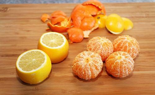 """Vỏ cam được ví như """"khắc tinh"""" của các vết sẹo rỗ."""