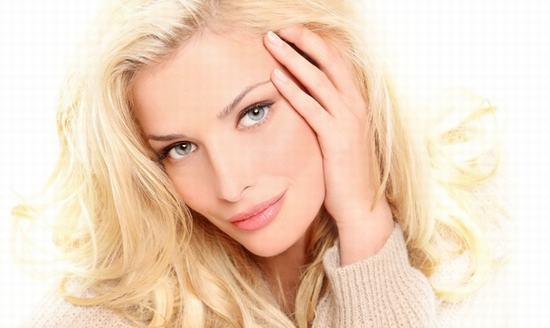 Sự xuất hiện của sẹo lõm trên da là khuyết điểm lớn sẽ làm ảnh hưởng trực tiếp đến cuộc sống, công việc của bạn.