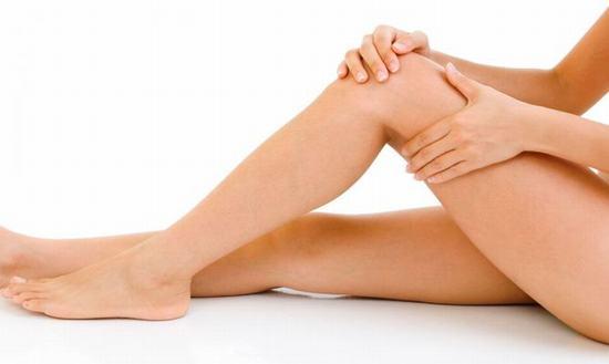Waxing sẽ lấy đi hết các sợi lông một cách nhanh chóng chỉ trong 1 lần waxing.