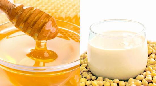 Đậu nành kết hợp với mật ong giúp triệt lông cực kỳ hiệu quả