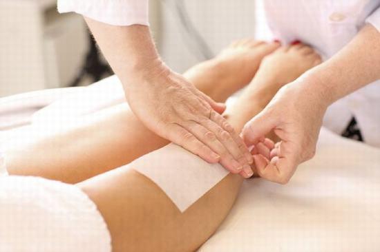 Tẩy lông tại nhà chỉ là cách làm đứt lông tạm thời mà không thể loại bỏ sạch lông khỏi bề mặt da.