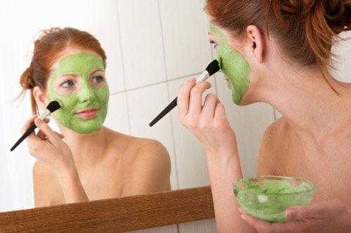 Trị nám da bằng lá trầu không được tiến hành đơn giản, có thể áp dụng tại nhà